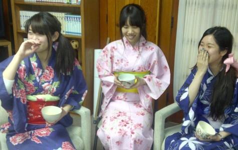 Kimono creates historical style