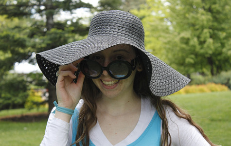 Sunglasses and hats protect from sun