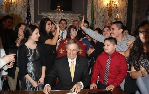 Governor signs state Dream Act