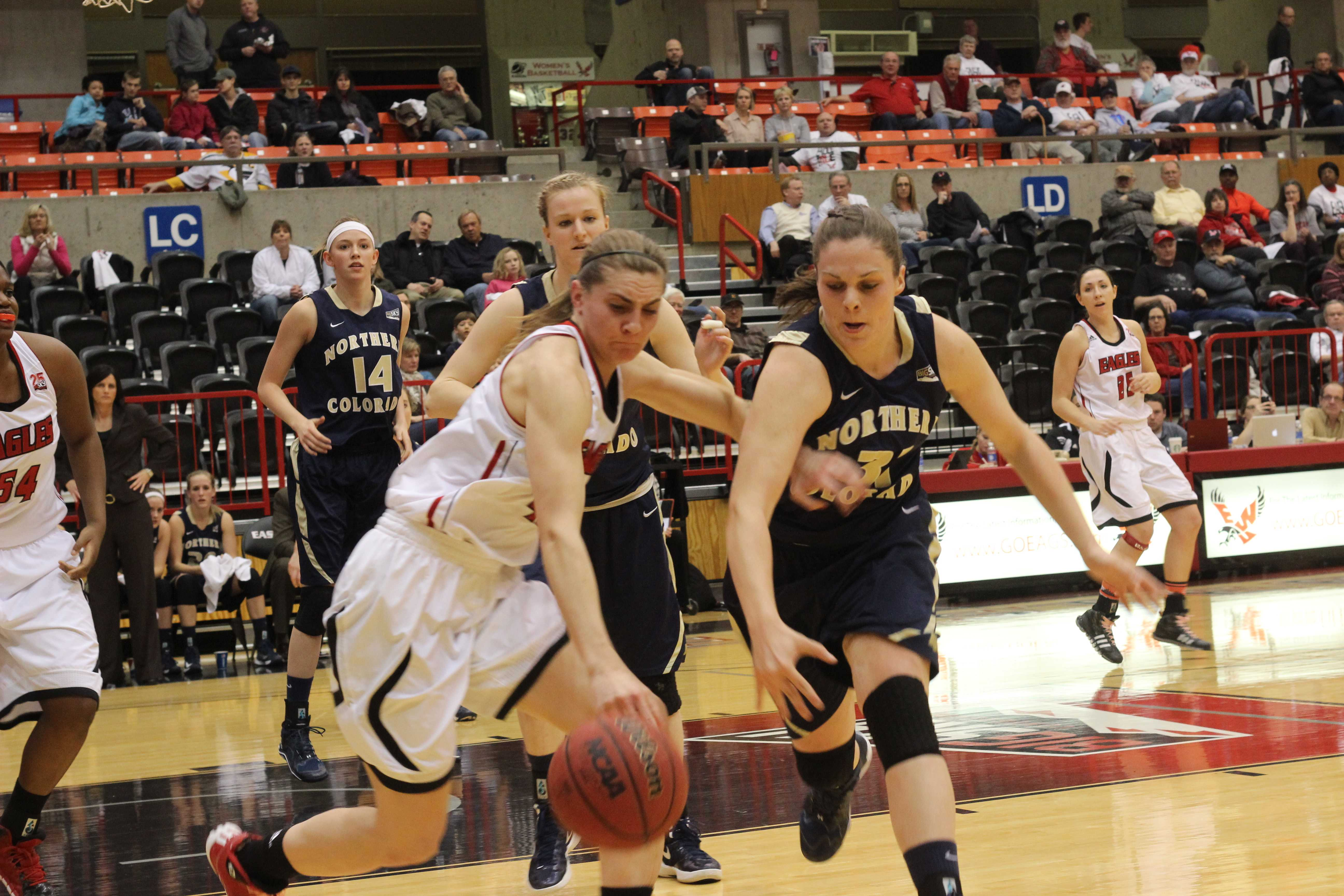 Junior forward Melissa Williams fights for the ball against Northern Colorado during the game on Feb. 27.