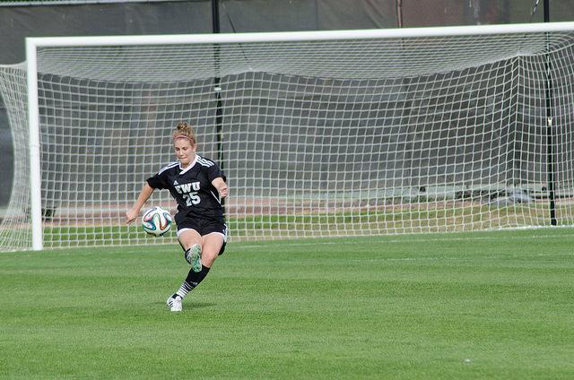Kayla Sutter sends the ball downfield
