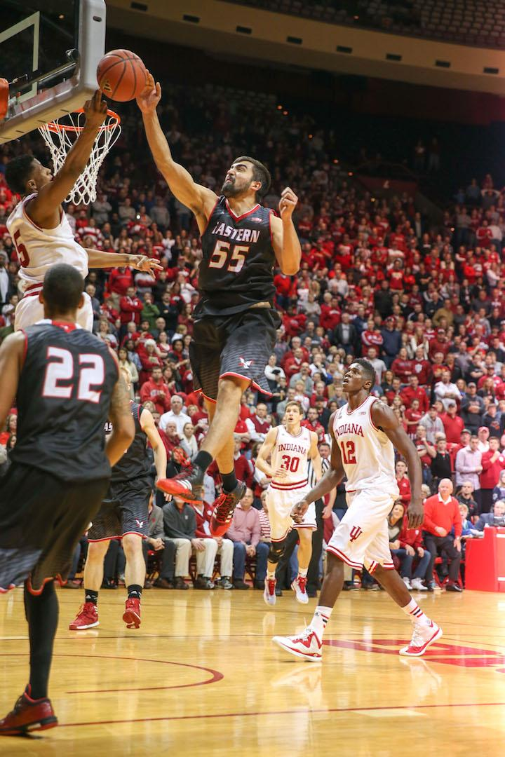 Venky Jois protects the basket against Indiana.