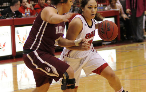 Women's basketball improves Big Sky record