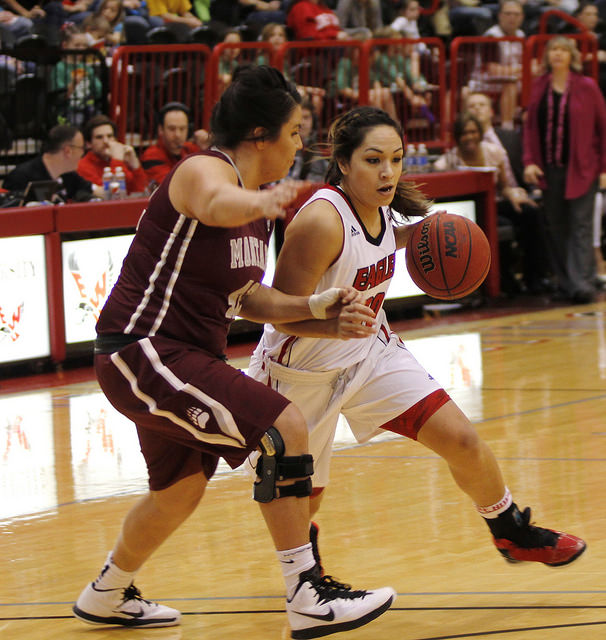 Tisha Phillips drives to the basket versus Montana