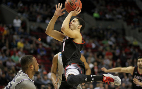 Basketball recurits locals, transfers