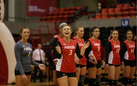 EWU volleyball splits weekend matches for second week