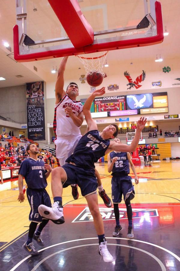 Venky Jois visciously throwing down a dunk.