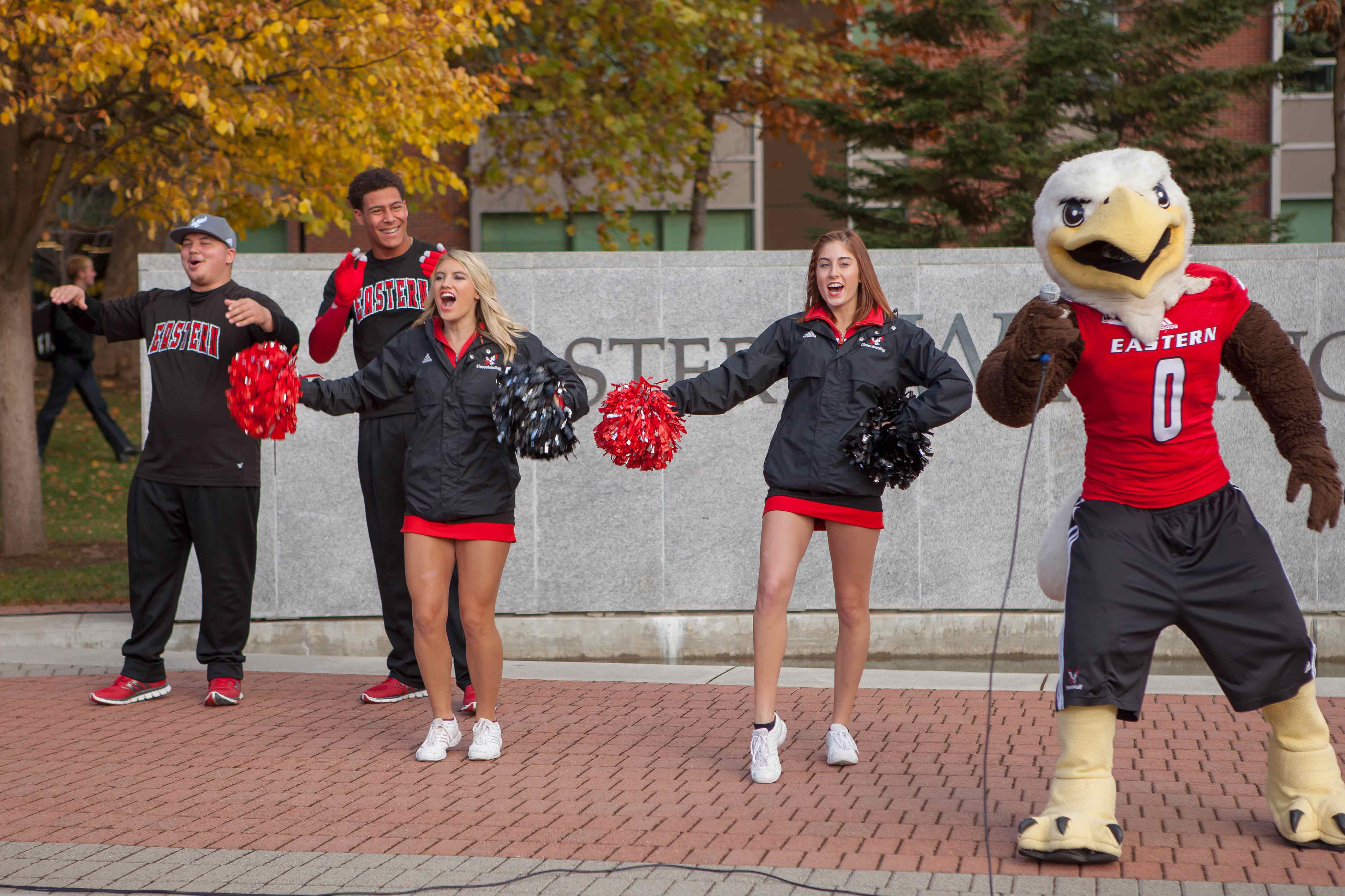 EWU Cheerleaders with Swoop