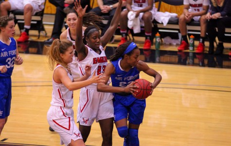 Women's basketball starts strong