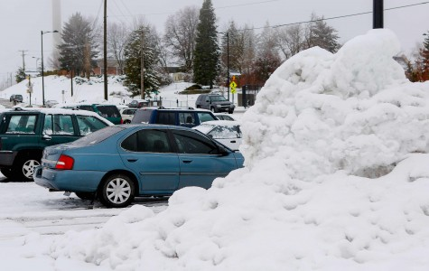 Snow causes problems at EWU