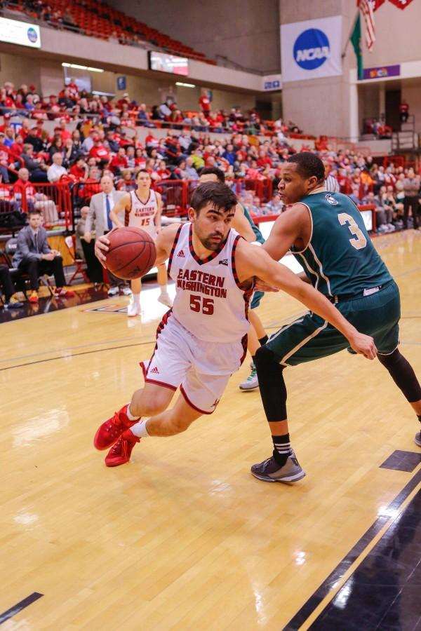Eagles remain undefeated at home
