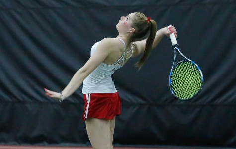 Eagles beat Pirates, fall to Wildcats