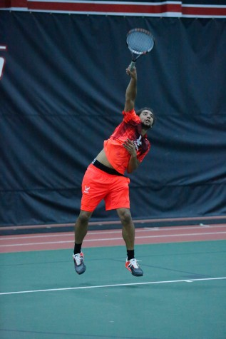 Men's tennis on a losing streak