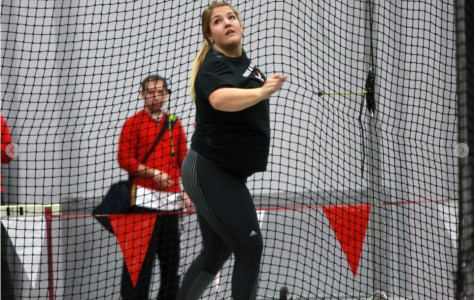 Women's track opens outdoor season