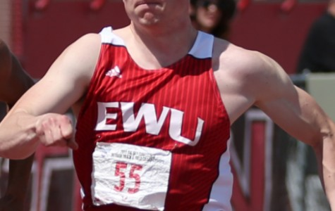 Good weather, great results for men's track and field