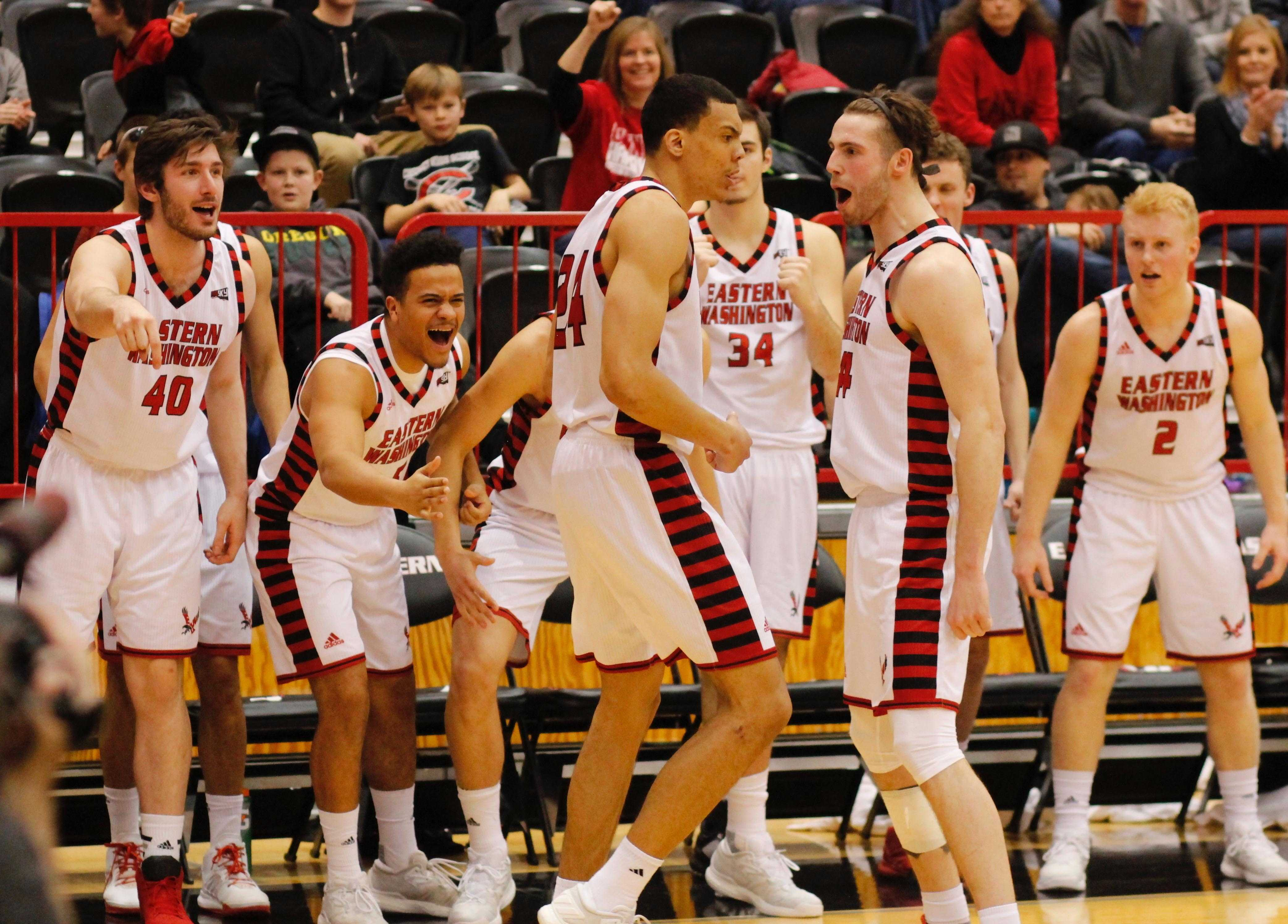 Senior+forward+Jake+Wiley+celebrates+with+the+team+by+the+bench+after+making+a+basket+and+getting+fouled+against+Portland+State%2C+Feb.+4%2C+2017%2C+at+Reese+Court.