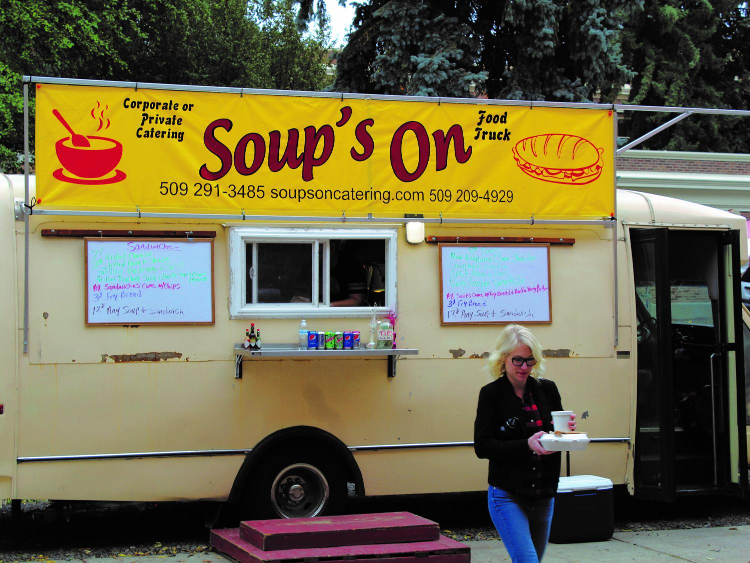 The Soup's On food truck, where students can enjoy a hot, nourishing bowl of soup accompanied by a fresh sandwich. Leroy and Jennie Mitchell's food truck made its debut in August 2015 | Mckenzie Ford for The Easterner