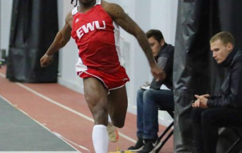 Men's and women's track & field compete at Washington State Open