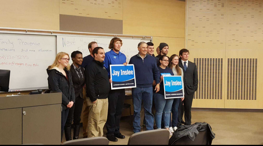 Governor+Jay+Inslee+at+an+EWU+Young+Democrats+event+held+in+October+2016.+%7C+The+Easterner+Archives