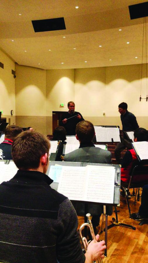 Patrick Winters, director of the band, teaching a master class session   Photo courtesy of Wentao Xing