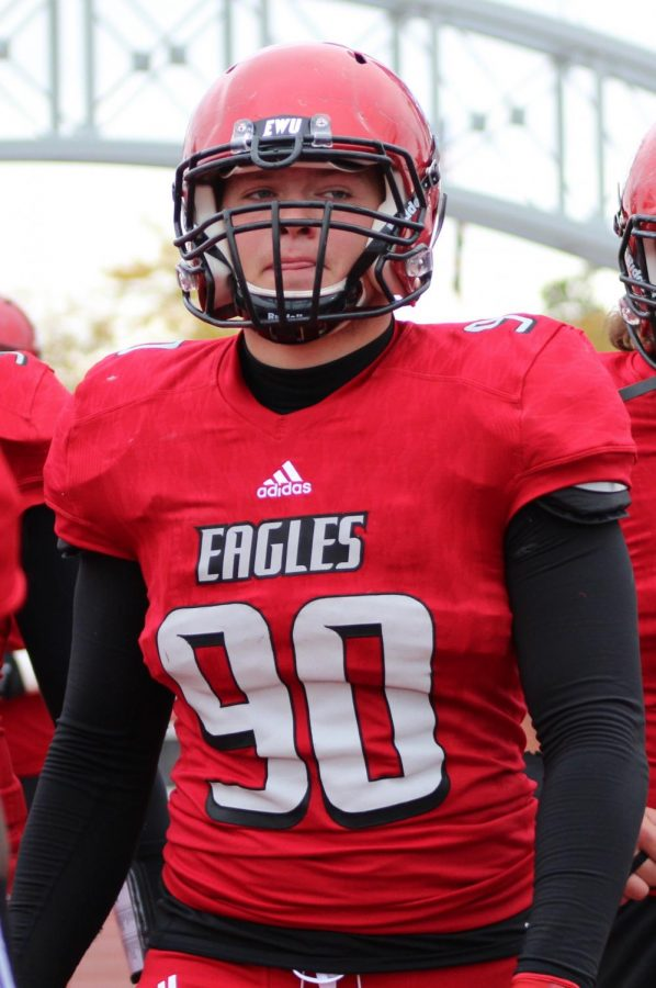 EWU+defensive+end+Keenan+Williams+walks+out+after+halftime+of+EWU%27s+31%E2%80%9319+victory+over+Montana+State+on+Oct.+14.+Williams%2C+who+is+entering+his+senior+season%2C+faces+misdemeanor+charges+of+hit-and-run+to+unattended+property+following+an+incident+on+March+9.+%7C+The+Easterner+Archives
