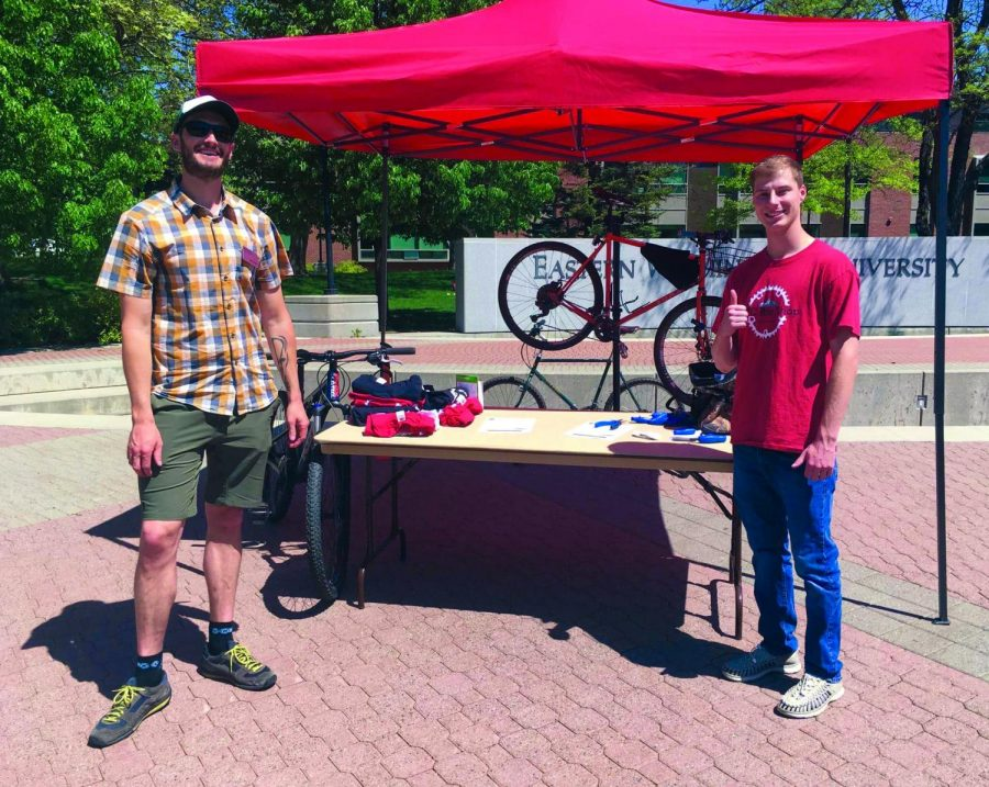 Sustainability Office Coordinator Erik Busberg and EPIC Bike Shop Member, Nathan Meyer. The Sustainabillity Office and EPIC Bike Shop teamed up to promote environmentally-friendly commuting options | Kelsey Magnuson for The Easterner