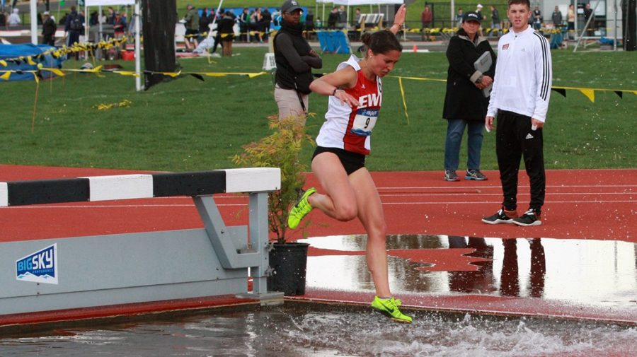 Senior+Paula+Gil-Echevarria+competes+in+the+3%2C000-meter+steeplechase+at+the+Big+Sky+Championships+on+May+10.+On+May+25%2C+Gil-Eehevarria+placed+27th+in+the+event+at+the+NCAA+West+Preliminaries+%7C+Photo+courtesy+of+EWU+Athletics
