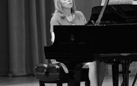 Memorial concert honors longtime piano professor