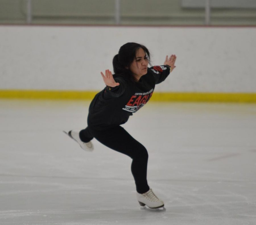 Freshman+skating+club+president+Samantha+Vo+glides+on+the+ice+in+the+URC+on+Jan.+24.+Vo+competed+in+figure+skating+until+she+was+injured+at+16+years+old.