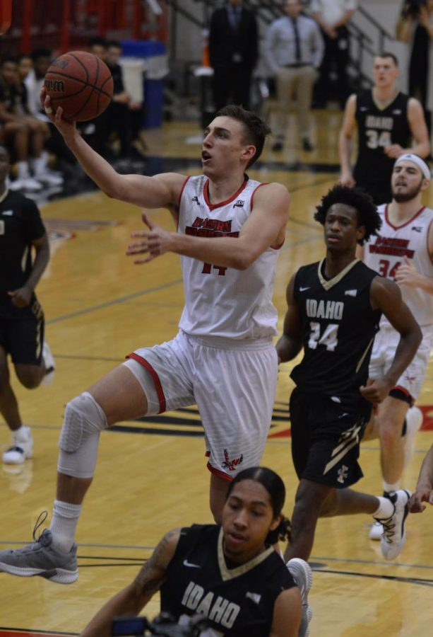 Forward Mason Peatling rises to score a layup in the Eagles 82-57 win over Idaho on Monday. Peatling scored 16 points and grabbed 13 rebounds.