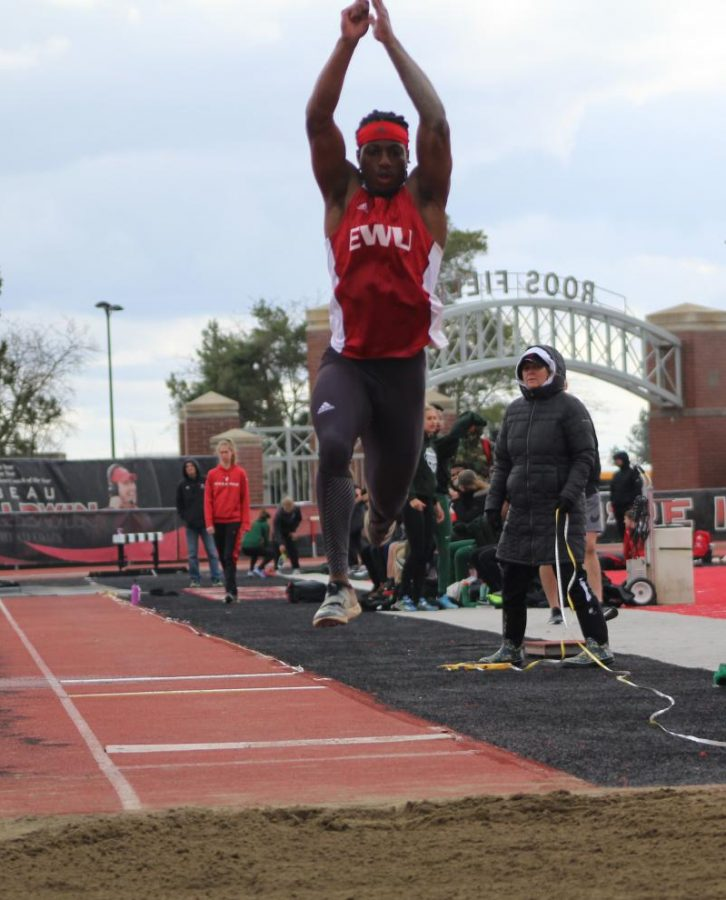 Junior+Keshun+McGee+competes+in+the+long+jump+at+the+47th+Pelluer+Invitational+on+April+14%2C+2018.+McGee+won+his+third+career+Big+Sky+long+jump+championship+at+the+BSC+indoor+championships+in+Bozeman%2C+Montana%2C+last+weekend%2C+to+go+along+with+his+first+career+BSC+championship+in+the+triple+jump.