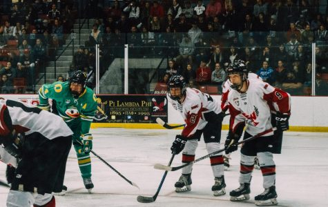 EWU and Oregon players get ready for a faceoff. Oregon swept EWU in the two game series.