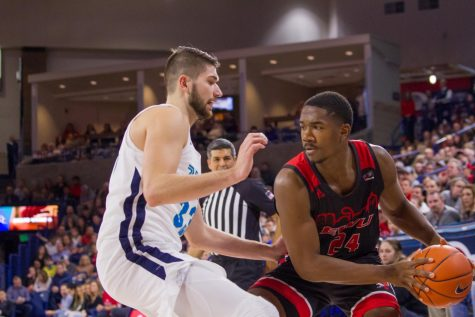 EWU stays hot at home in high-scoring blowout over Omaha