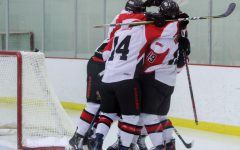EWU hockey splits series, gets big Senior Night win