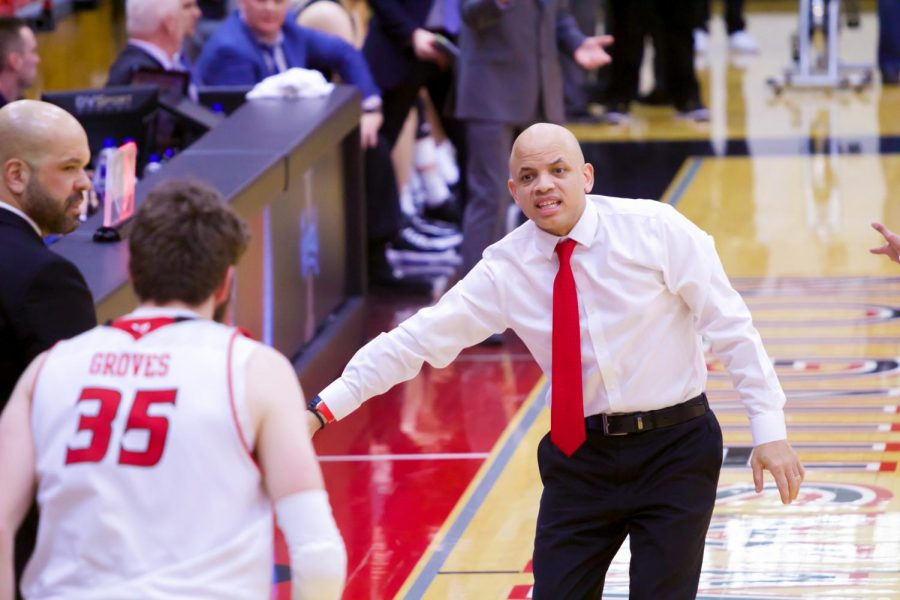 EWU+head+coach+Shantay+Legans+gives+instruction+during+EWU%27s+74-71+loss+to+Idaho+Thursday.+Legans+was+largely+unhappy+with+EWU%27s+effort+in+the+game.