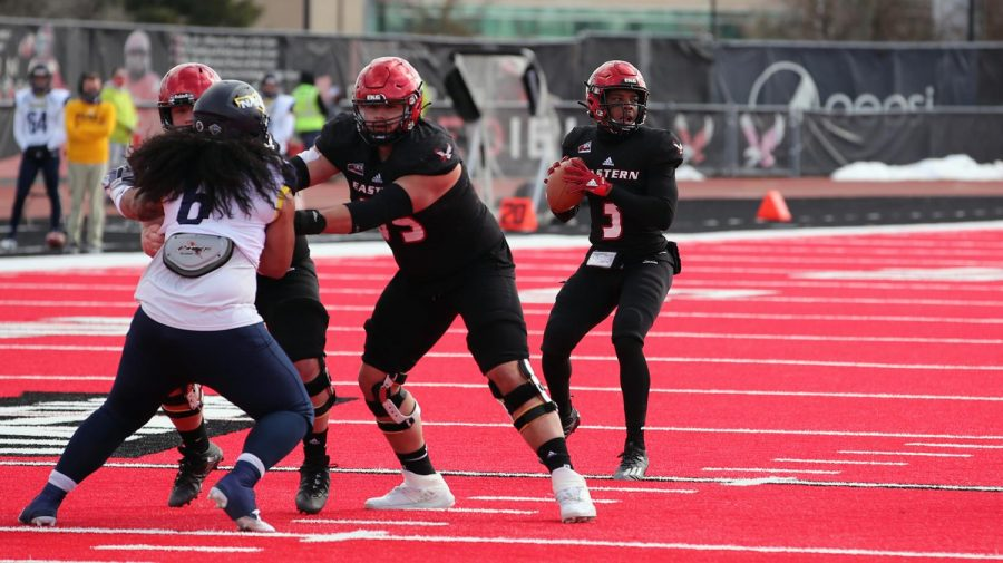 EWU+QB+Eric+Barriere+threw+for+over+400+yards+for+the+4th+time+in+his+EWU+career.